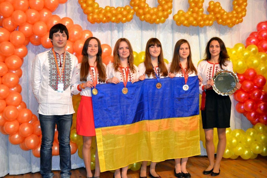 Українські школярки вибороли золоті медалі на математичній олімпіаді EGMO